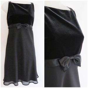 BYER Vintage PETITE 10 Blk velvet & sheer dress